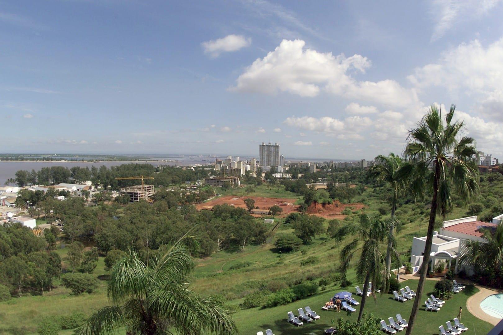 Vista de la bahía de Maputo Maputo Mozambique