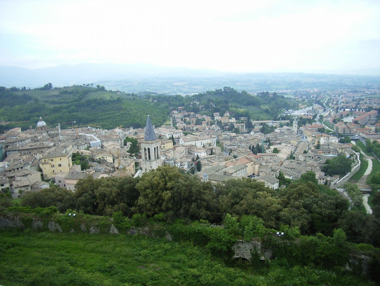 Vista de la ciudad Spoleto Italia