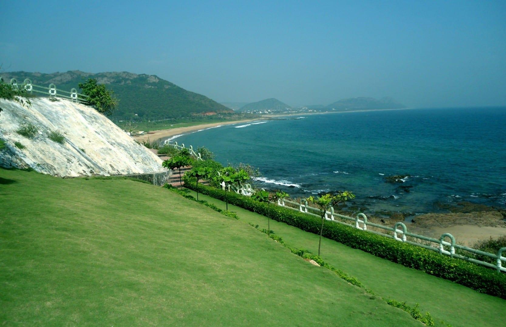 Vista de la playa en Tenneti Park en Visakhapatnam Visakhapatnam India