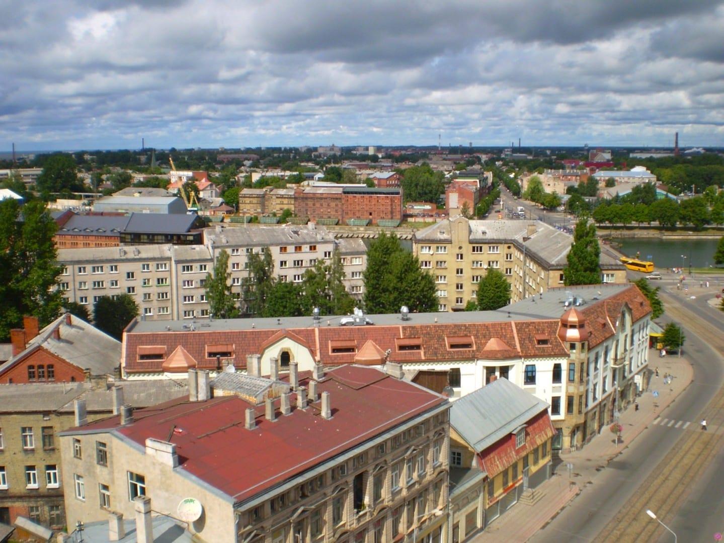 Vista desde la Catedral de la Santísima Trinidad Liepaja Letonia