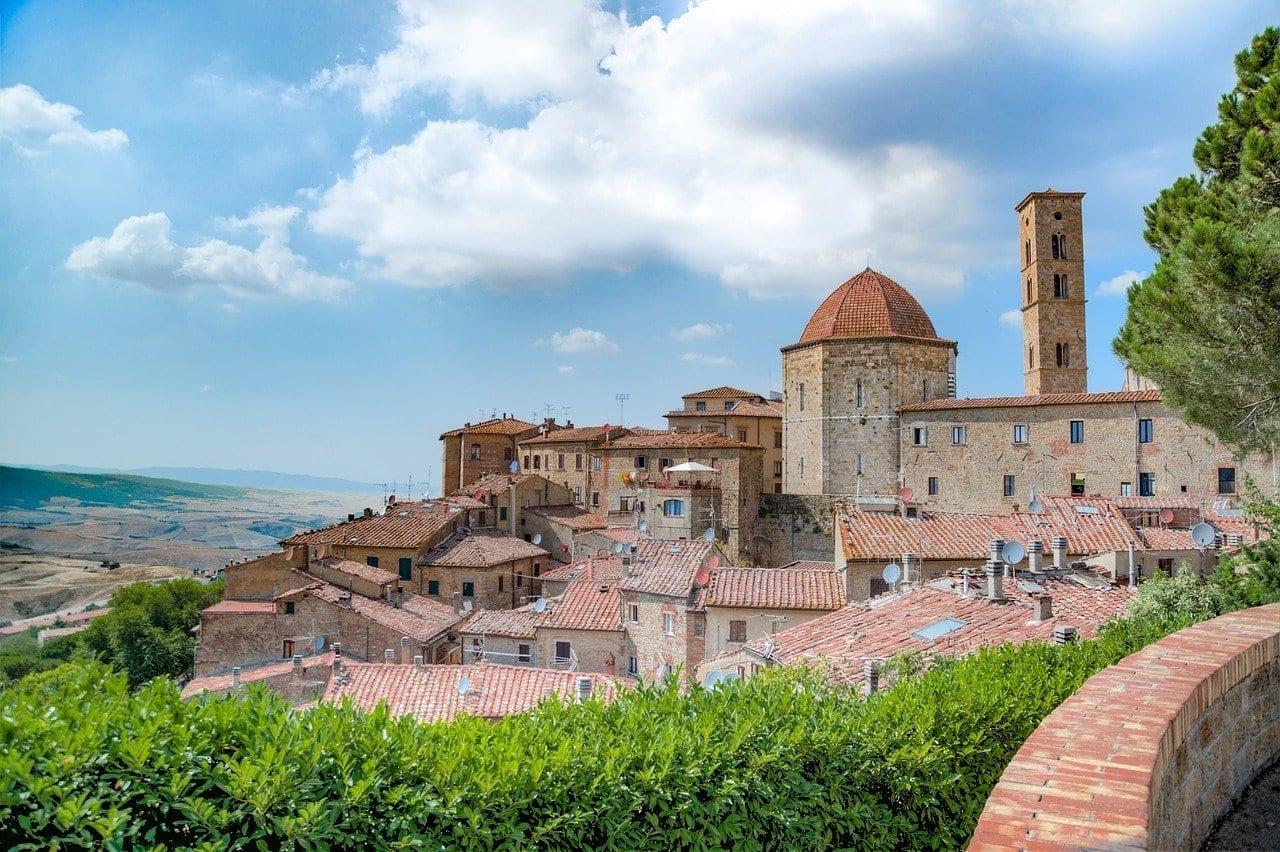 Volterra Ciudad Medieval Italia