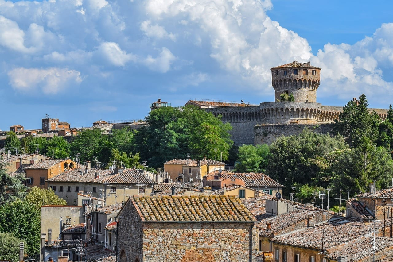 Volterra Panorama Arquitectura Italia