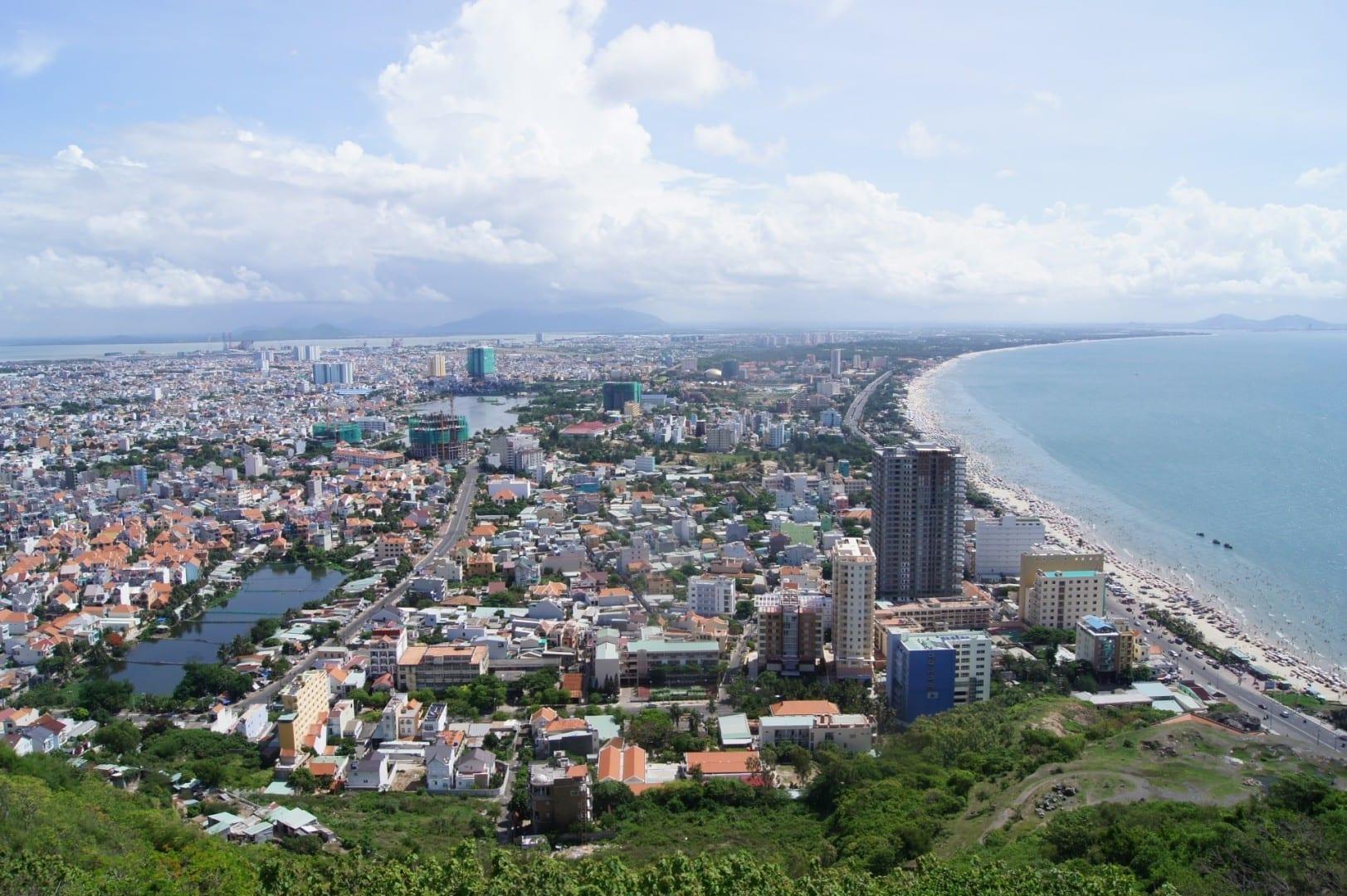 Vung Tau visto desde el Monte Tao Phung... Vũng Tàu Vietnam