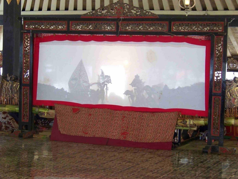 Wayang kulit (espectáculo de títeres de sombra) Yogyakarta Indonesia