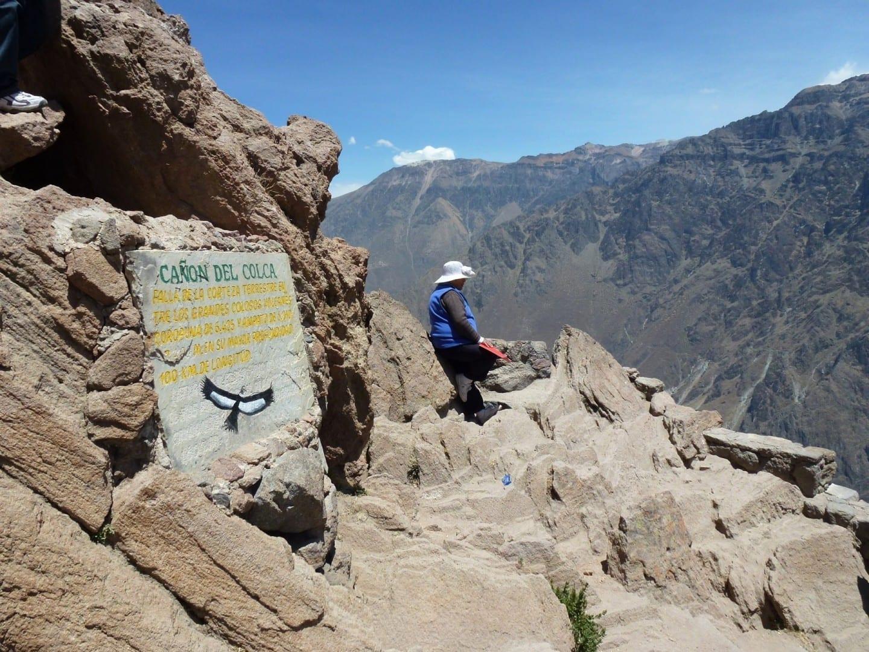 Admirando las vistas Colca Perú