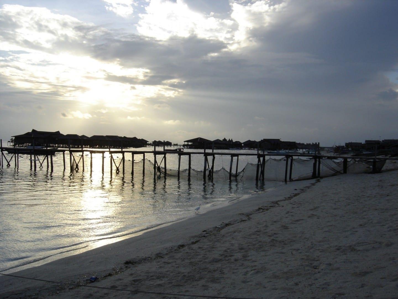 Atardecer en la isla de Mabul Mabul Isla Malasia