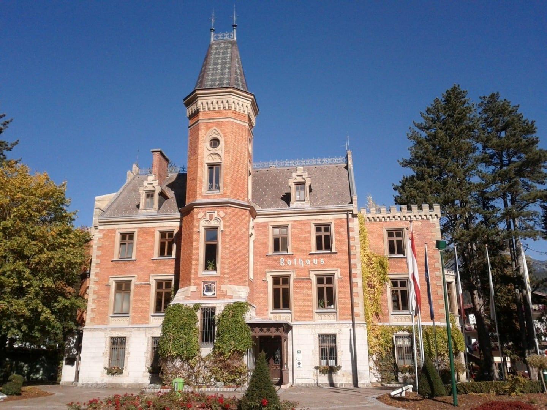 Ayuntamiento de Schladming, antiguo Palacio Coburg Schladming Austria