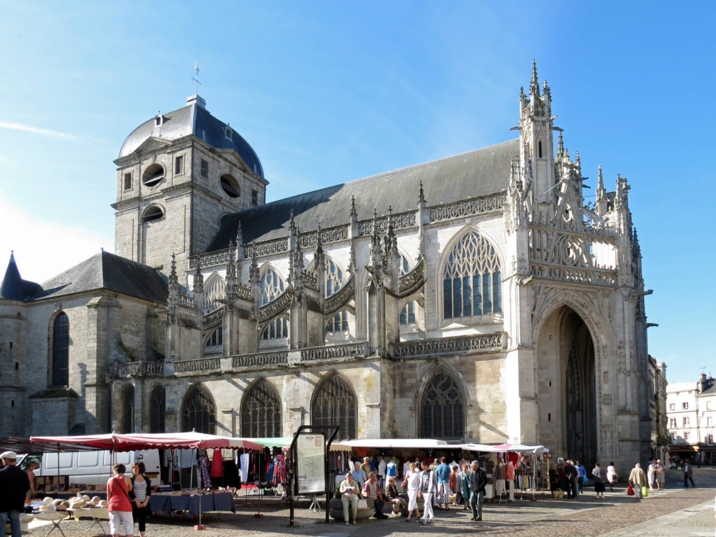 Basílica de Notre-Dame, Alençon Alenzón Francia