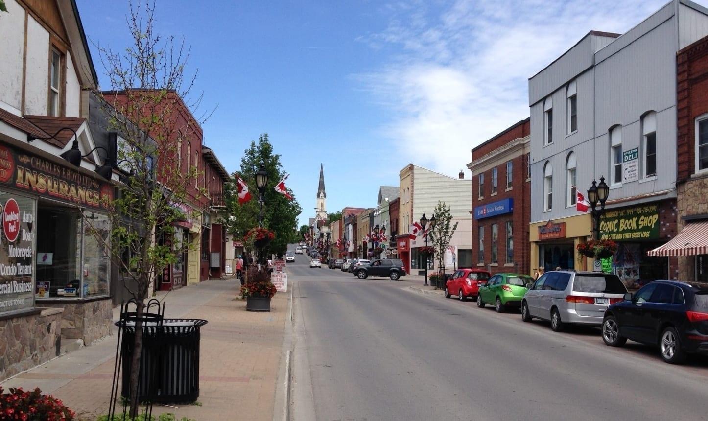 Calle principal Newmarket Canadá
