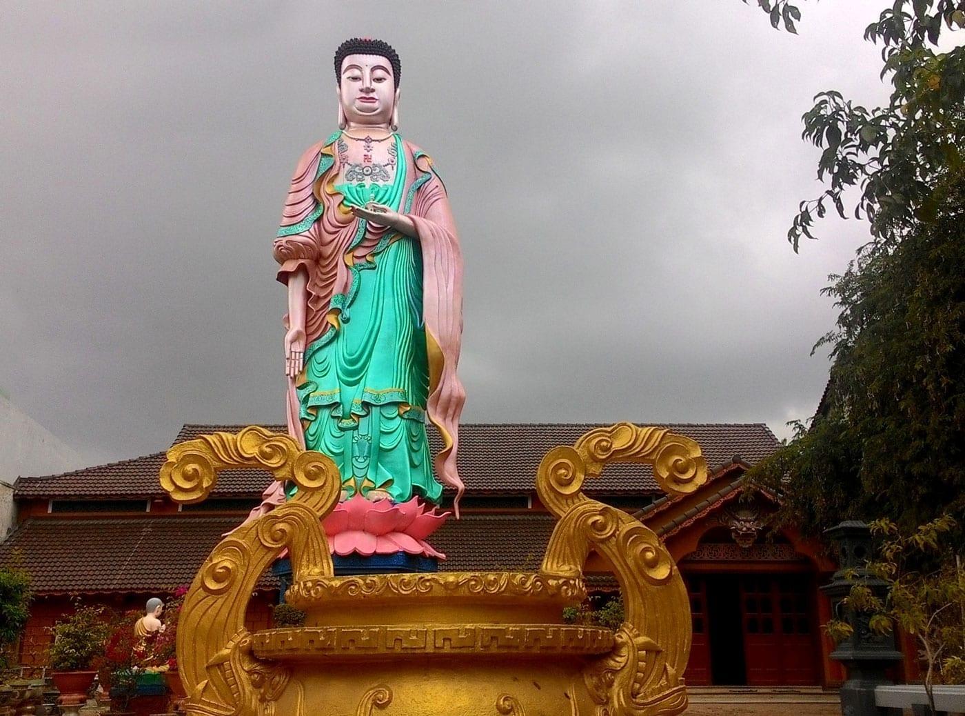 Chùa Minh Tịnh Quy Nhon Vietnam