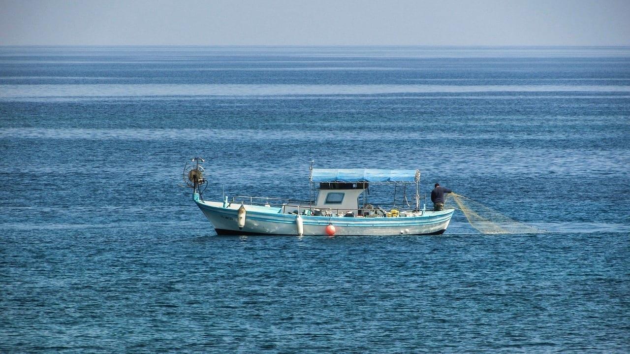 Chipre Protaras Barco De Pesca Chipre