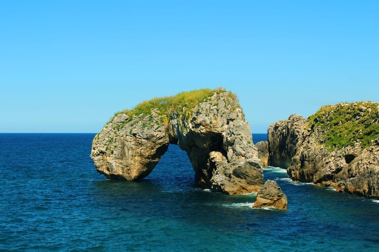 Costa Castro Acantilado Italia