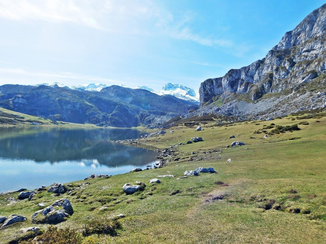 Covadonga Lago Lunes España