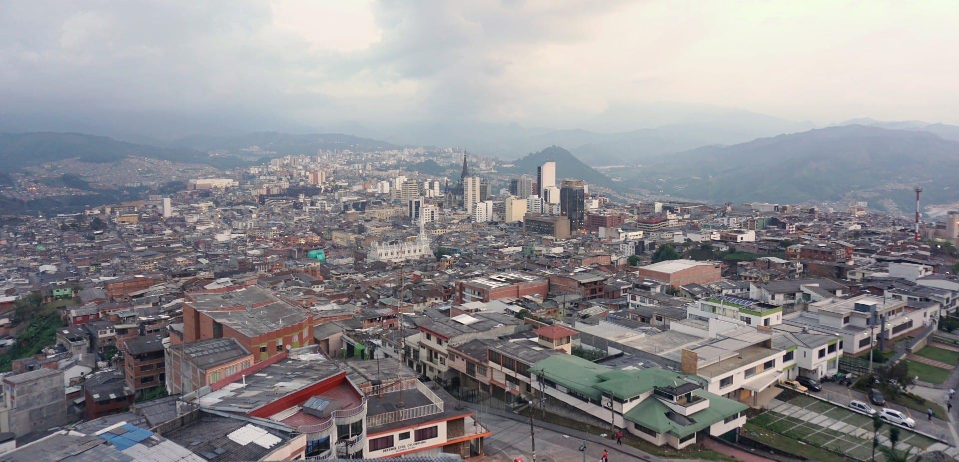 El casco antiguo y el centro de la ciudad de Manizales, visto desde Chipre Manizales Colombia