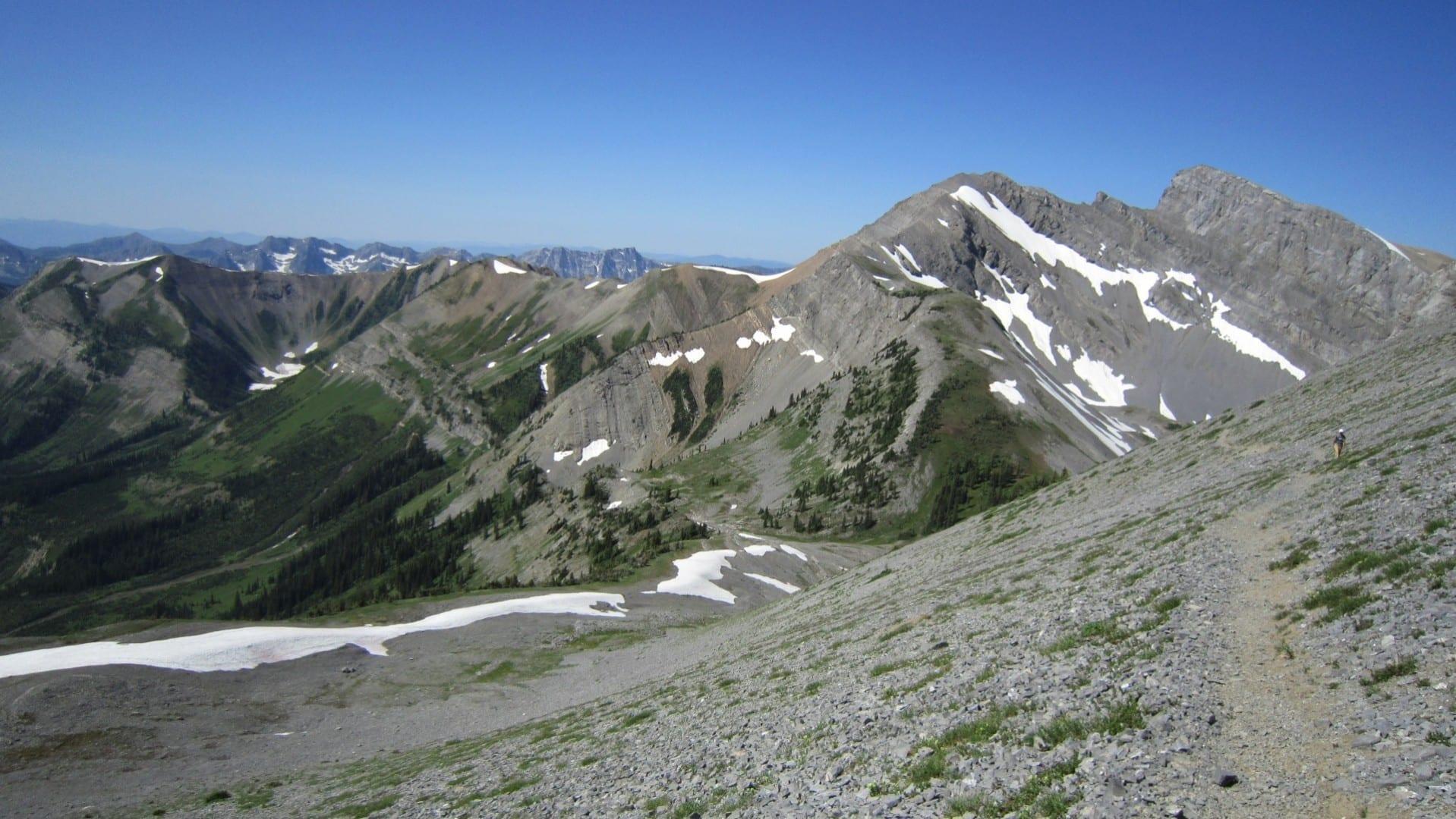 El sendero de Heiko, la caminata de las Tres Hermanas. Fernie Canadá