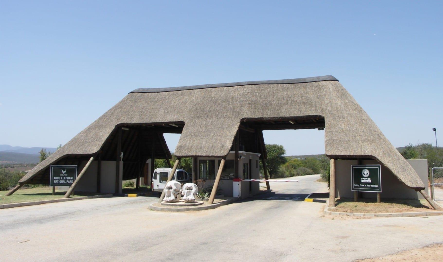 Entrada al Parque Nacional del Elefante Addo Parque nacional de los Elefantes de Addo República de Sudáfrica