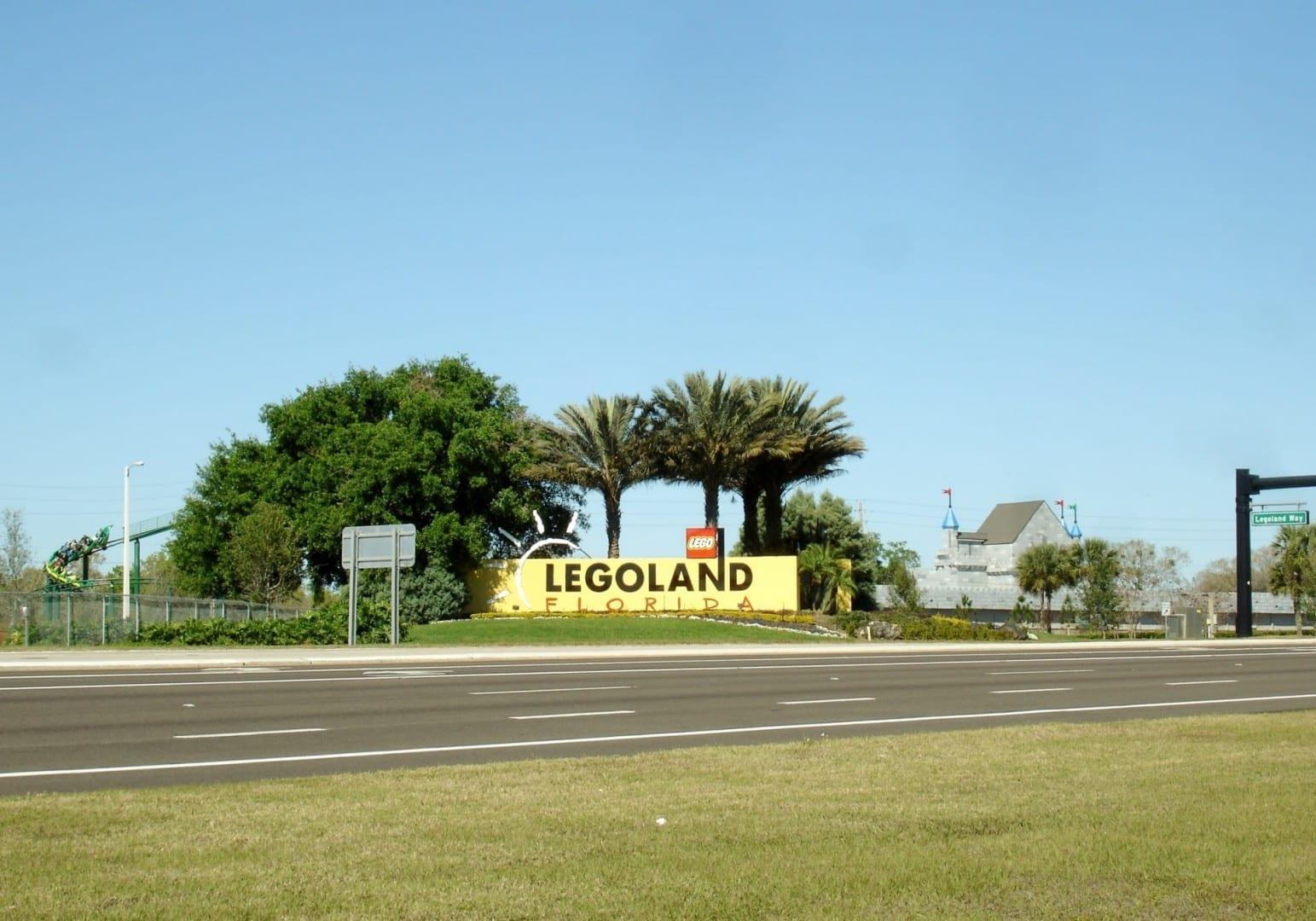 Entrada de Legoland Florida. Winter Haven FL Estados Unidos