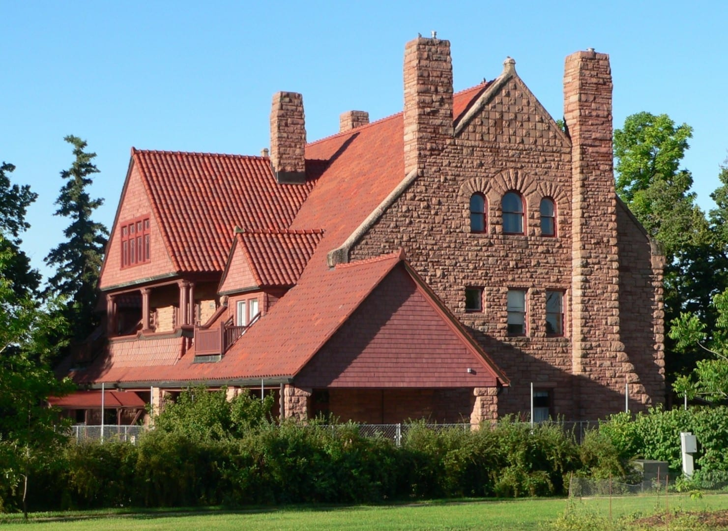George W. Frank House, en el campus de la Universidad de Nebraska en Kearney Kearney NE Estados Unidos