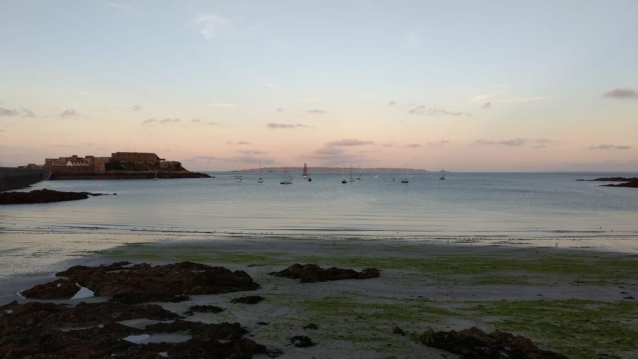 Guernsey Paisaje Anochecer Reino Unido