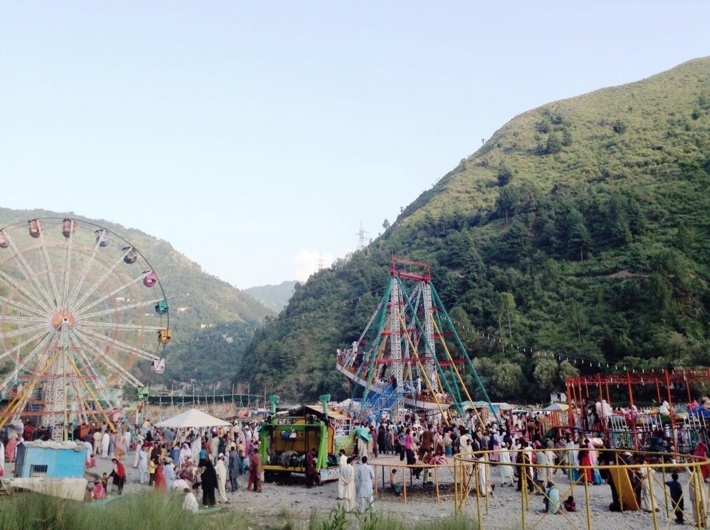 'Harnoi', un famoso lugar de picnic a 10 km de la ciudad. Abbottabad Pakistán