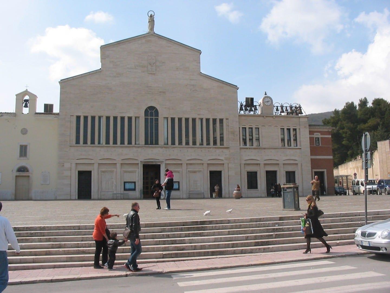 Iglesia de Santa Maria delle Grazie San Giovanni Rotondo Italia