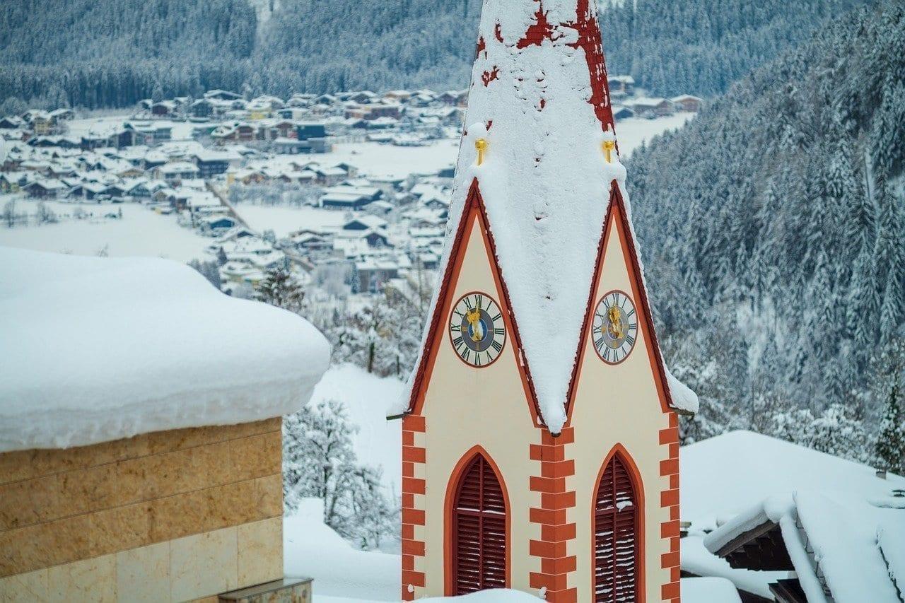 Iglesia Zillertal Mayrhofen Austria