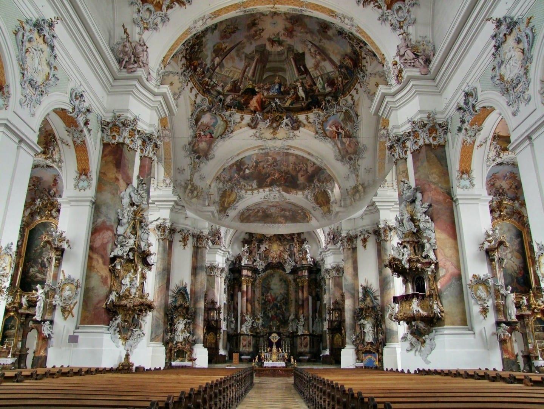 Interior de la basílica de Ottobeuren Memmingen Alemania