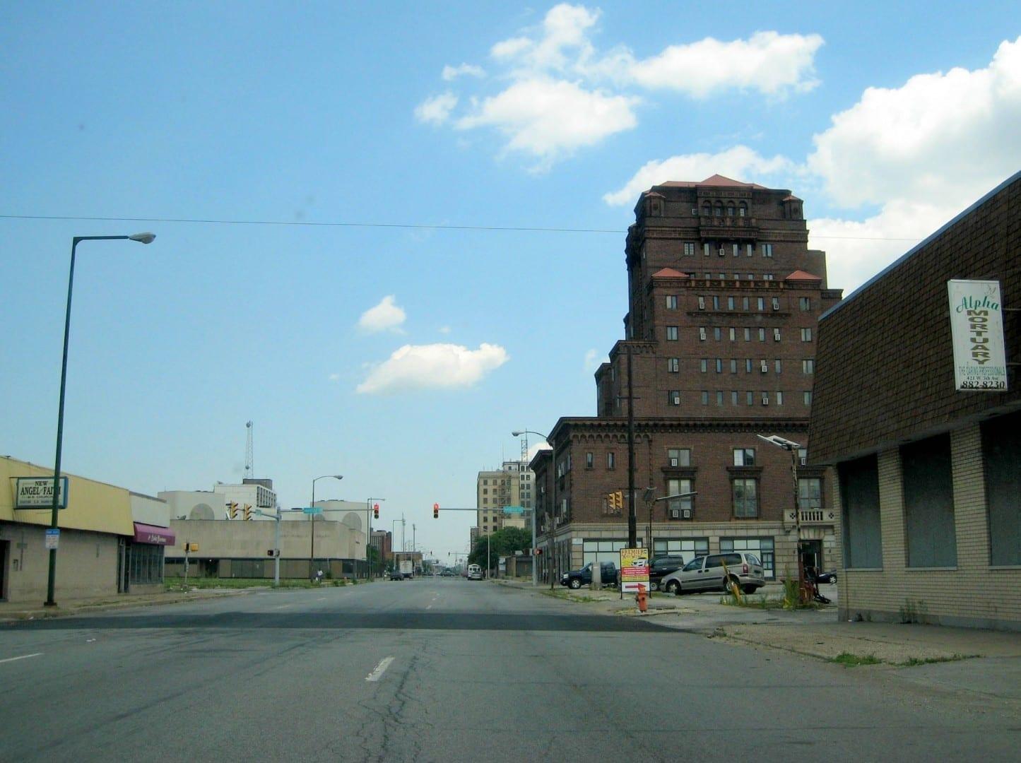 La 5ª Avenida cerca del centro, una de las calles principales Gary IN Estados Unidos