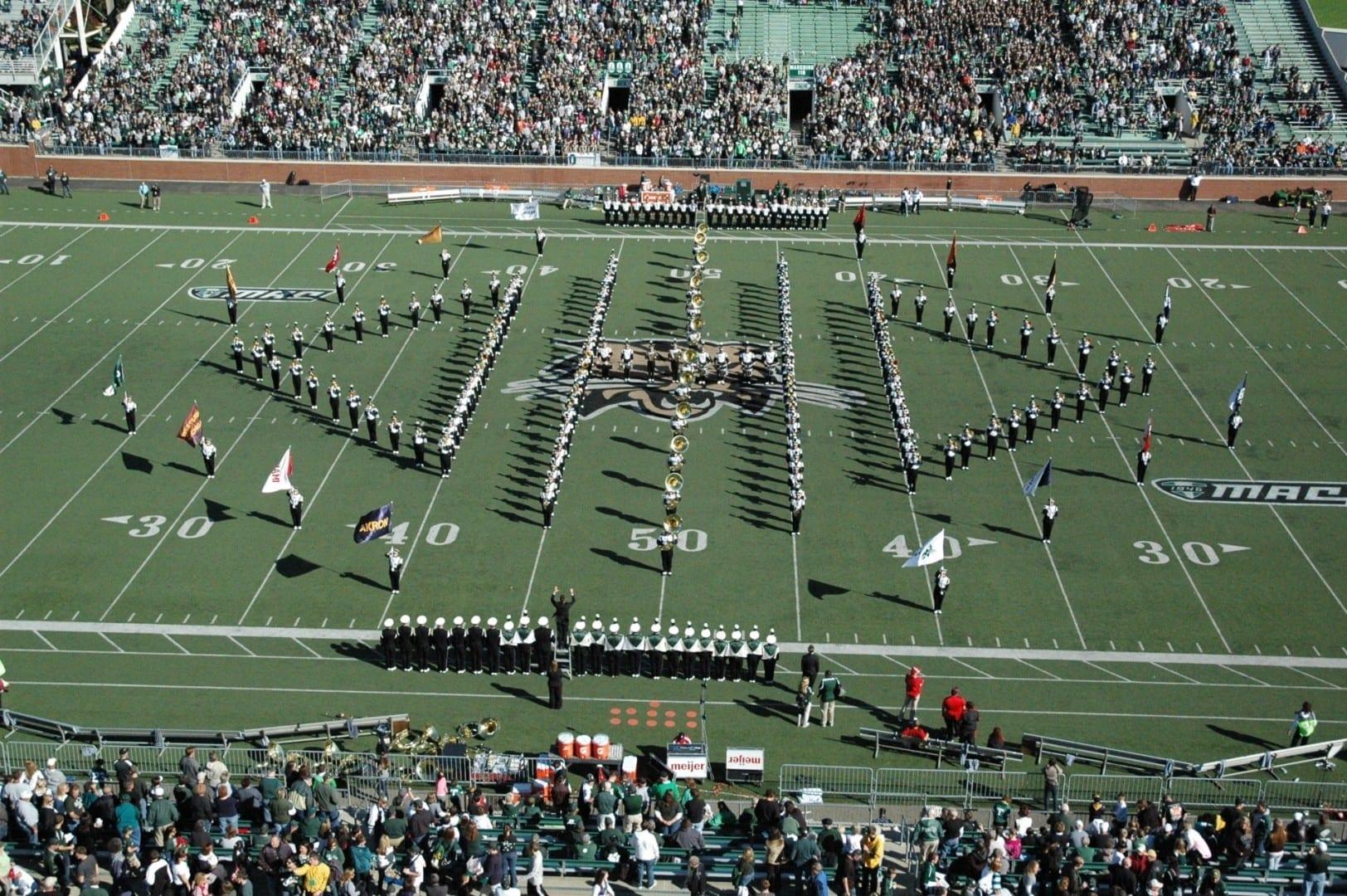 La banda de marcha de la Universidad de Ohio Athens OH Estados Unidos