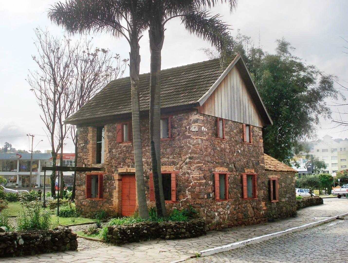 La Casa de Pedra (Museo de la Piedra) muestra la vida de los inmigrantes italianos en la Caxias do Sul del siglo XIX. Caxias Do Sul Brasil
