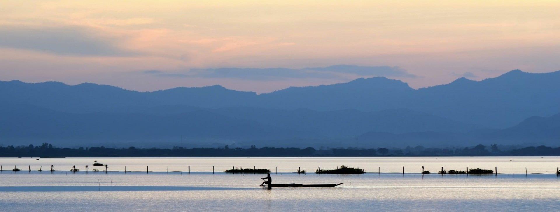 La ciudad de Phayao se encuentra a las orillas del lago Phayao. Phayao Tailandia