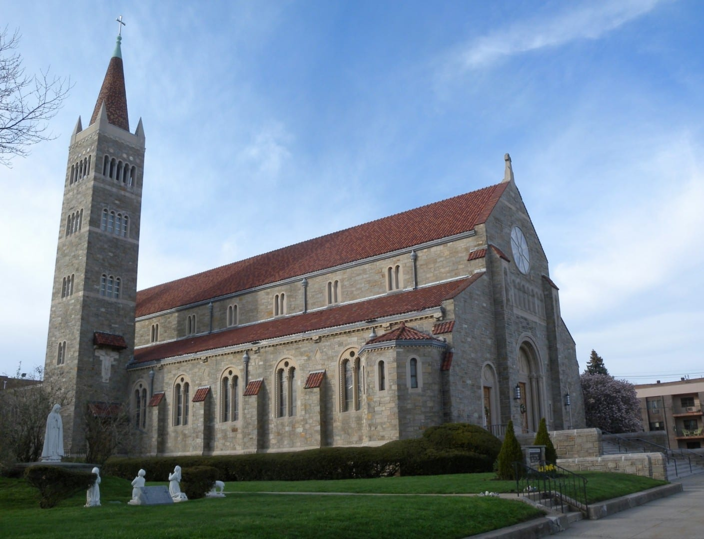 La Iglesia Católica Romana de San Vicente de Paul Bayonne Estados Unidos