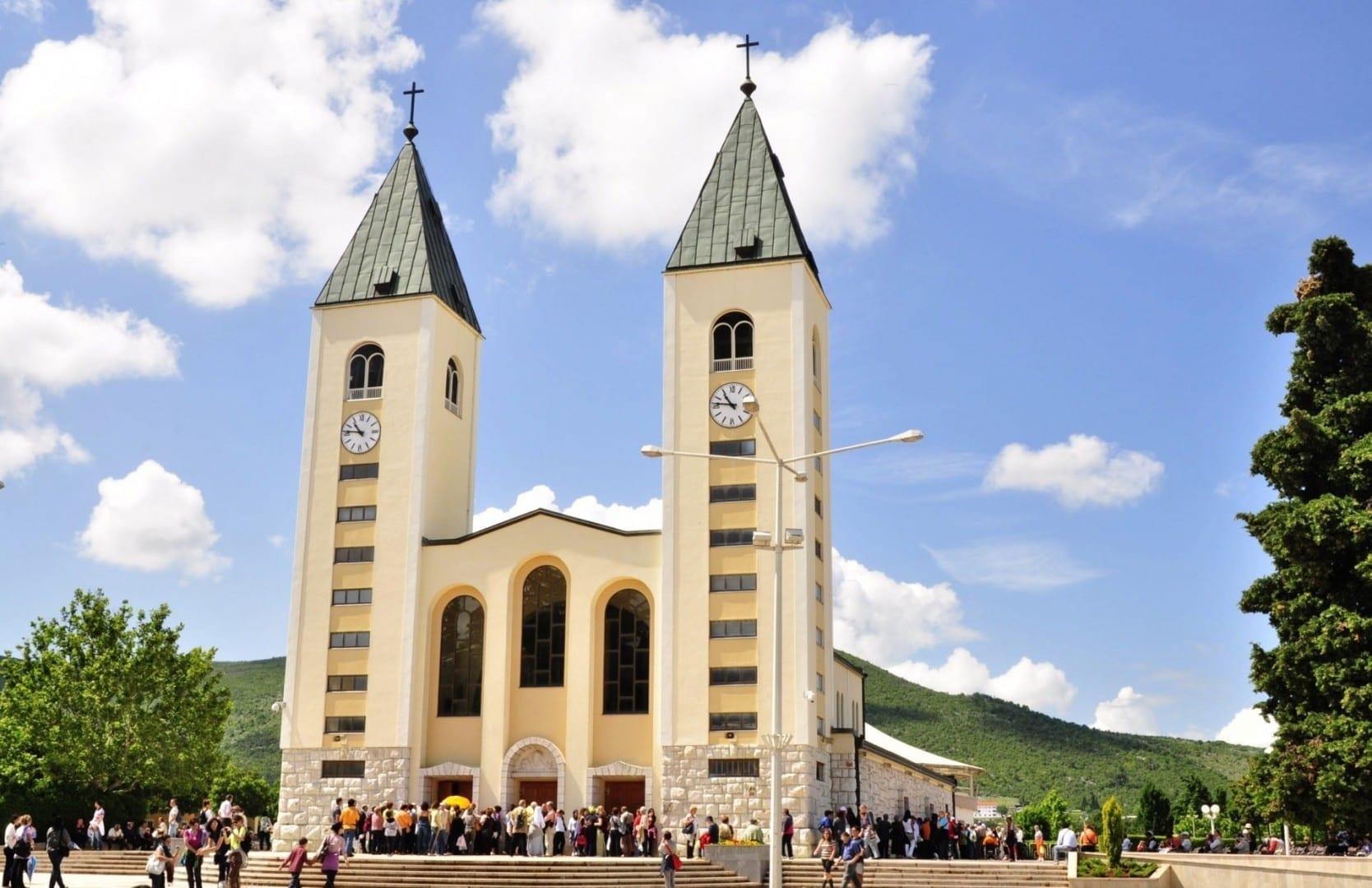 La Iglesia de Santiago Medjugorje Bosnia y Herzegovina
