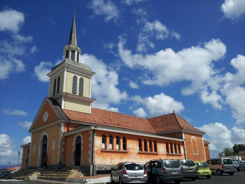 La iglesia del pueblo. Trois - Îlets Martinica