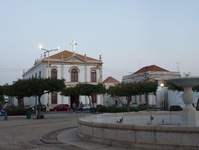 La playa de la catedral Praia (Isla de Santiago) Cabo Verde