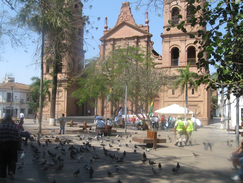 La plaza principal y la catedral Santa Cruz de la Sierra Bolivia