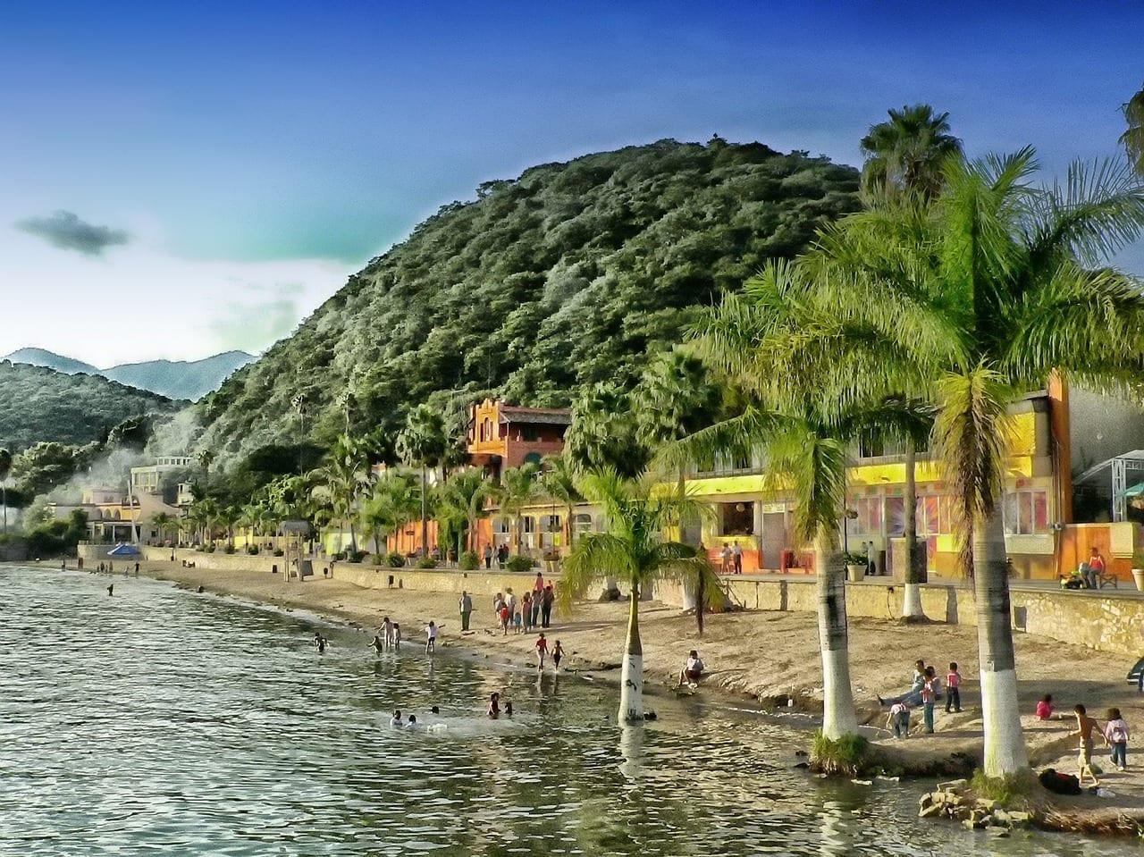 Lago De Chapala Mexico Montañas México