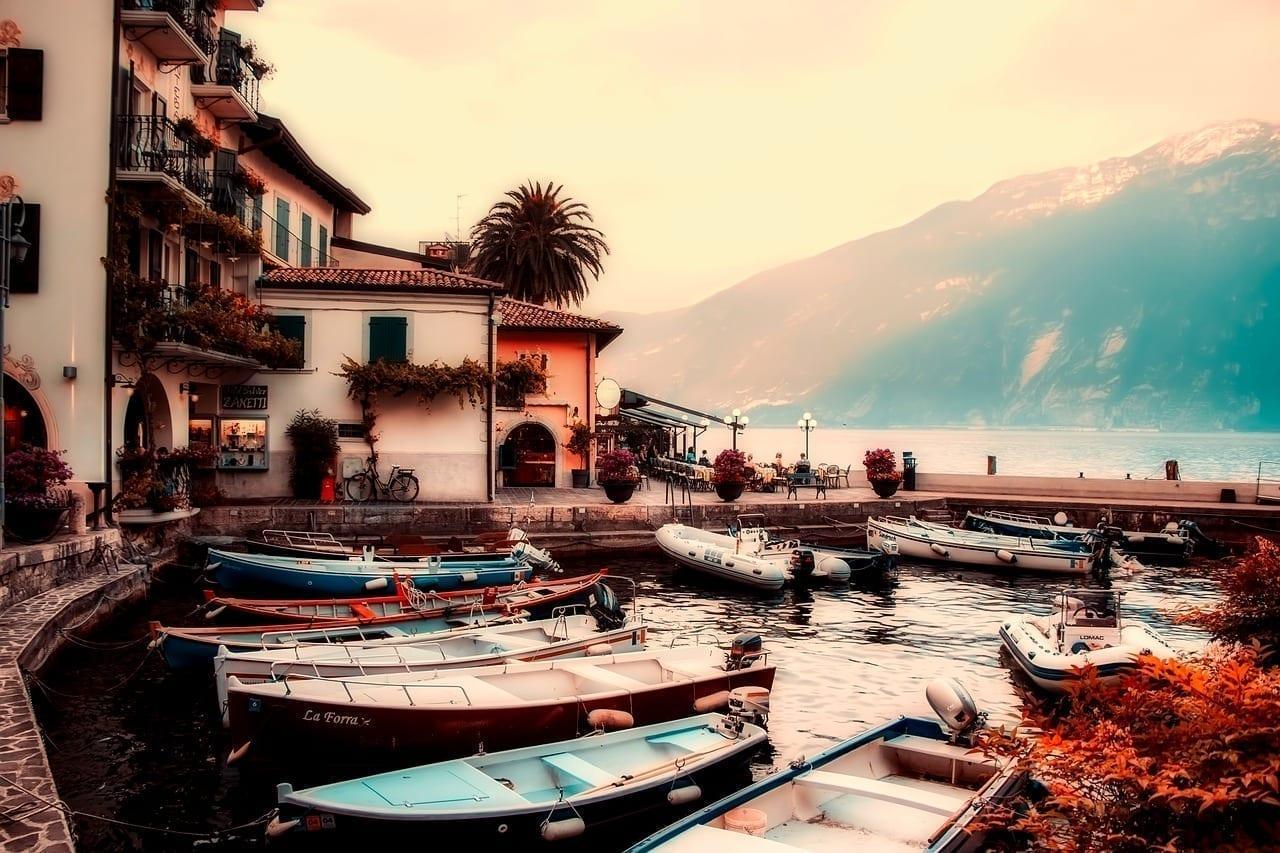 Lago De Garda Italia Barcos Italia