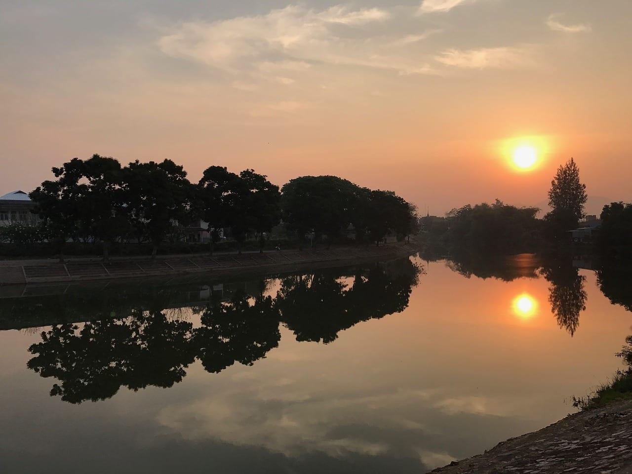 Lampang Puesta Del Sol Río Tailandia