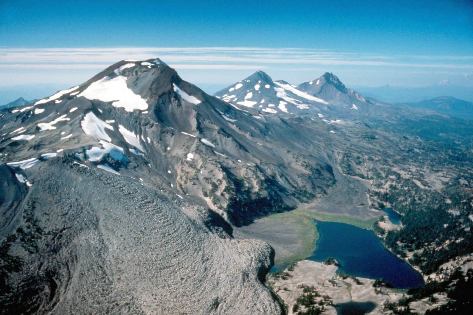 Las montañas de las Tres Hermanas Sisters OR Estados Unidos