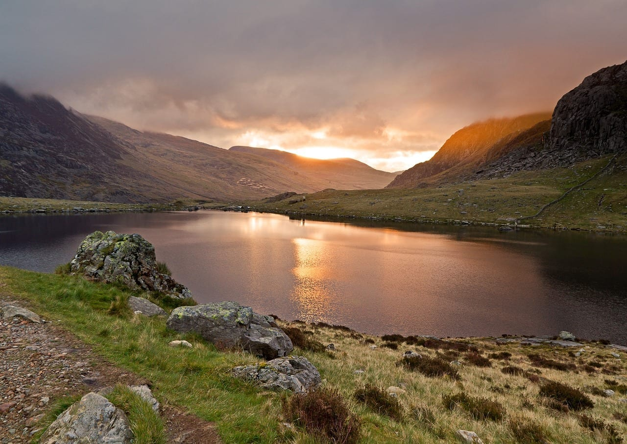 Llyn Idwal Alba Lago Sunrise Italia