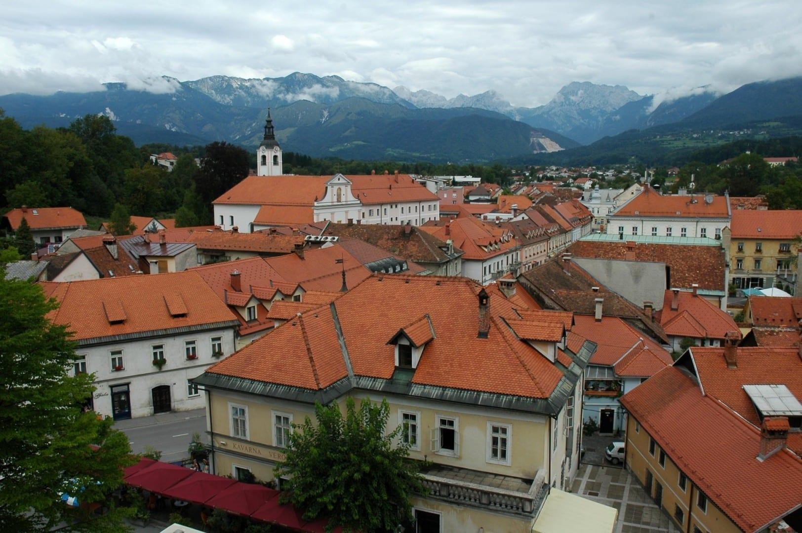 Los tejados de Kamnik de Mali se gradúan Kamnik Eslovenia