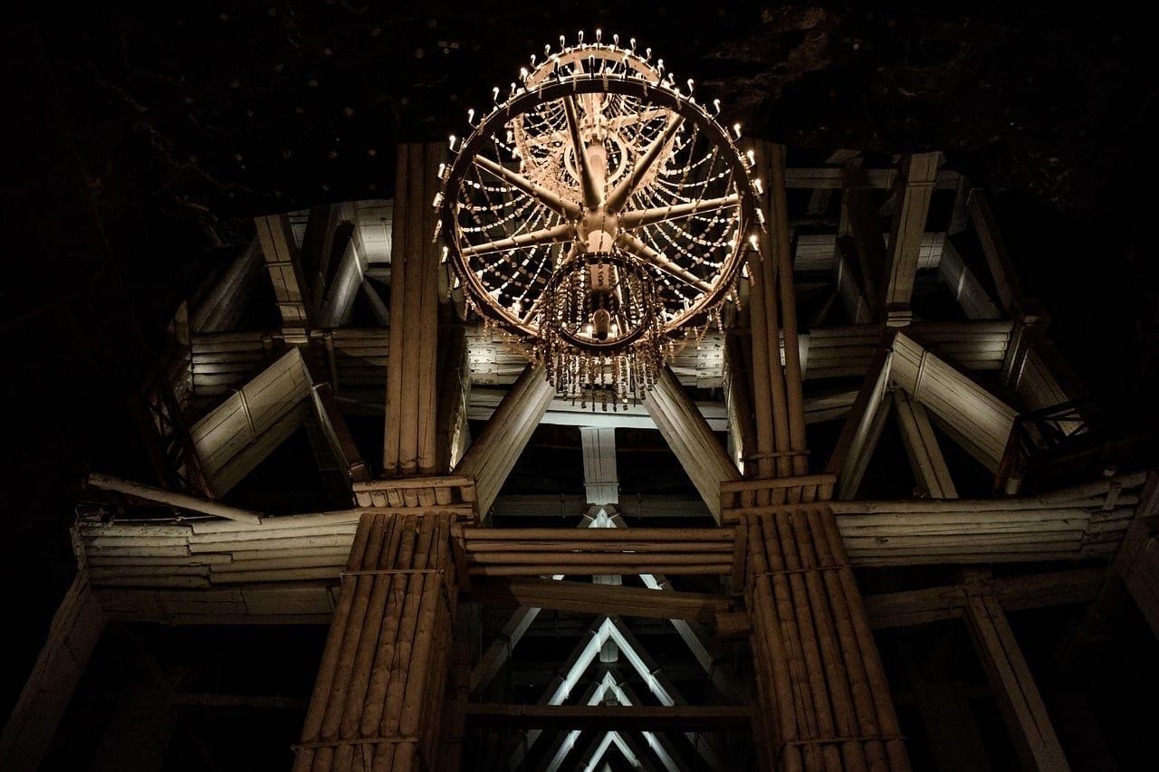 Mina De Sal De Wieliczka Araña Construcción Polonia