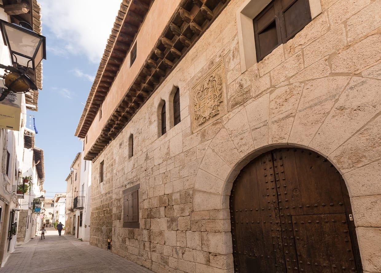 Museo del Vino en el Palacio del Cid Requena España
