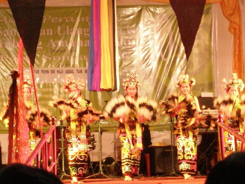 Pesta Sg. Asap, celebrado una vez cada 5 años Bintulu Malasia