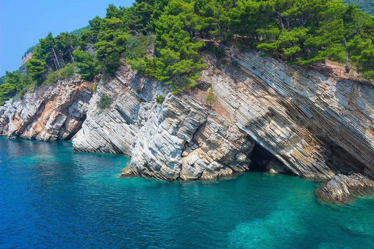 Petrovac Acantilado Roche Montenegro