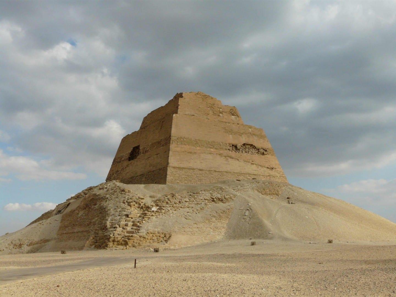 Pirámide Meidum Faiyum Egipto