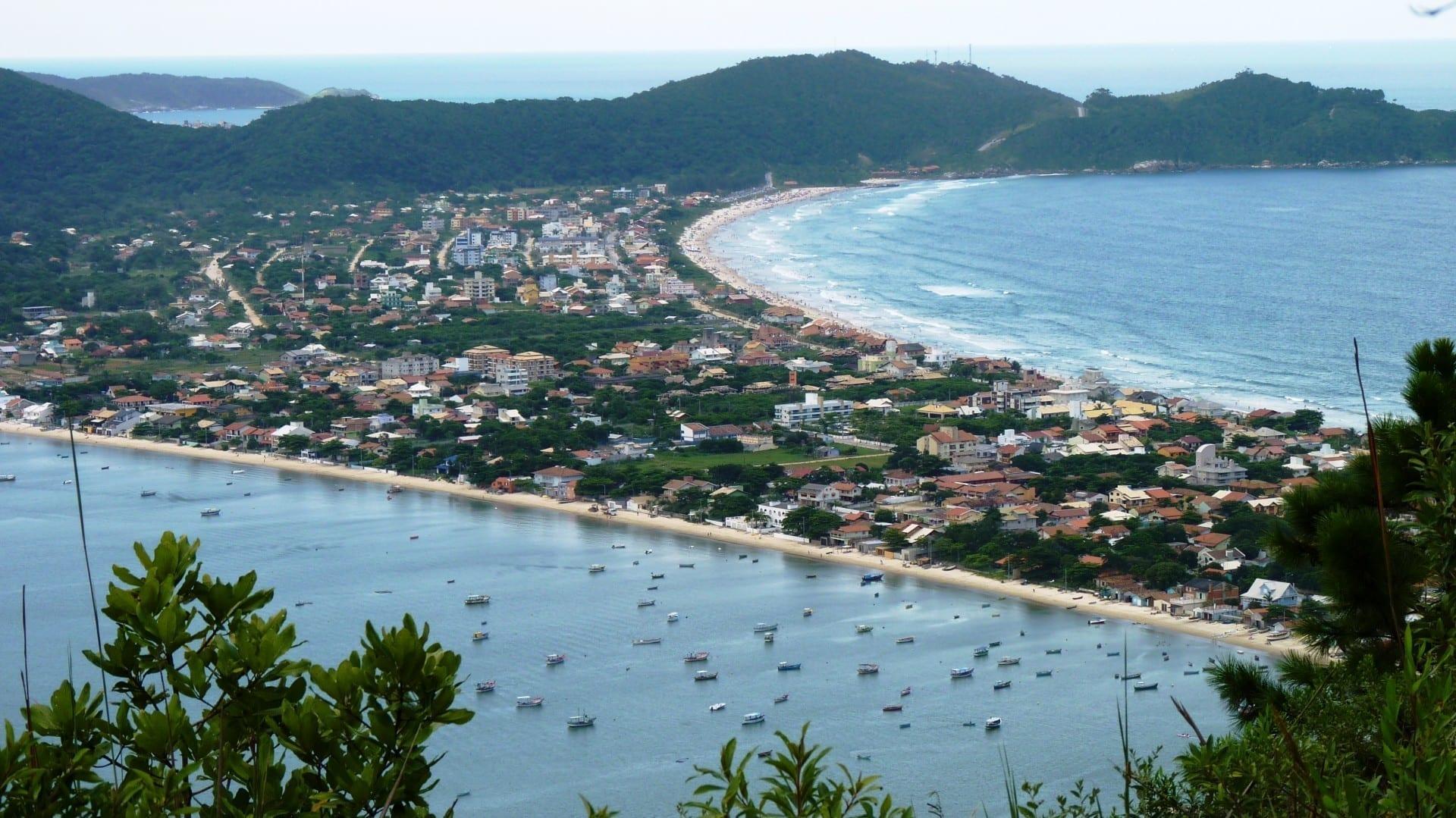 Playa de Canto Grande, en Bombinhas Bombinhas Brasil