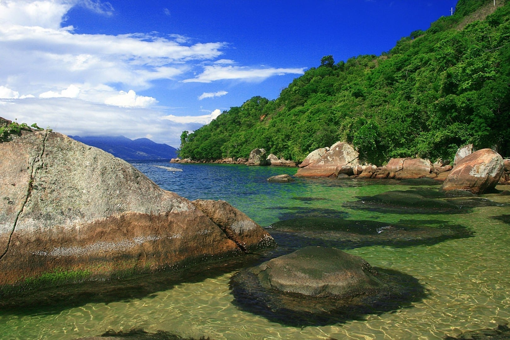 Playa de la Bruja en Ilha Grande Isla Grande Brasil