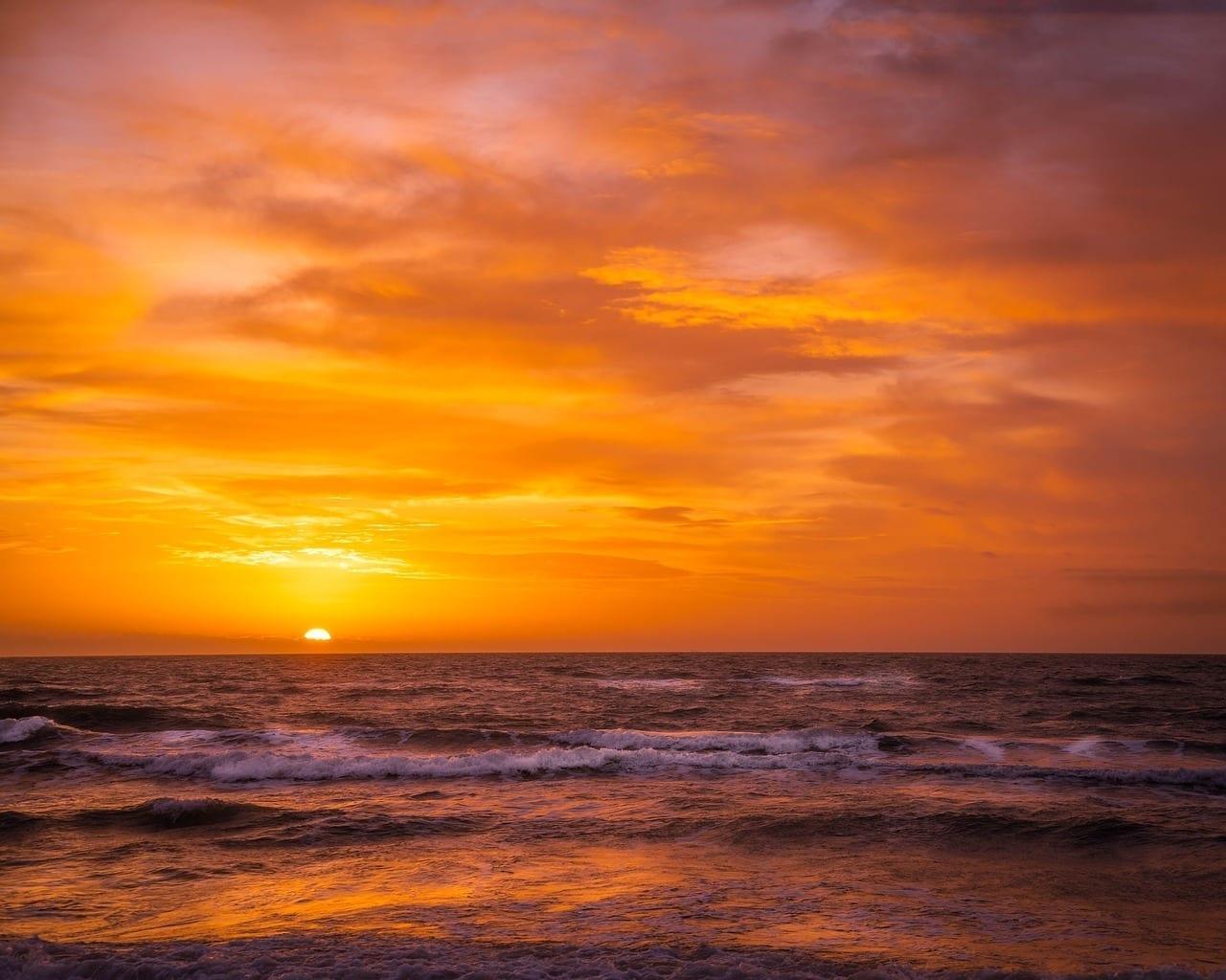 Playa De Poniente Mar Báltico Puesta Del Sol México